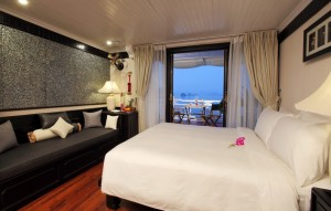 halong-bay-luxury-cruises-au-co-suite