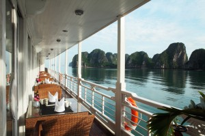 halong-bay-luxury-cruises-terrace-h